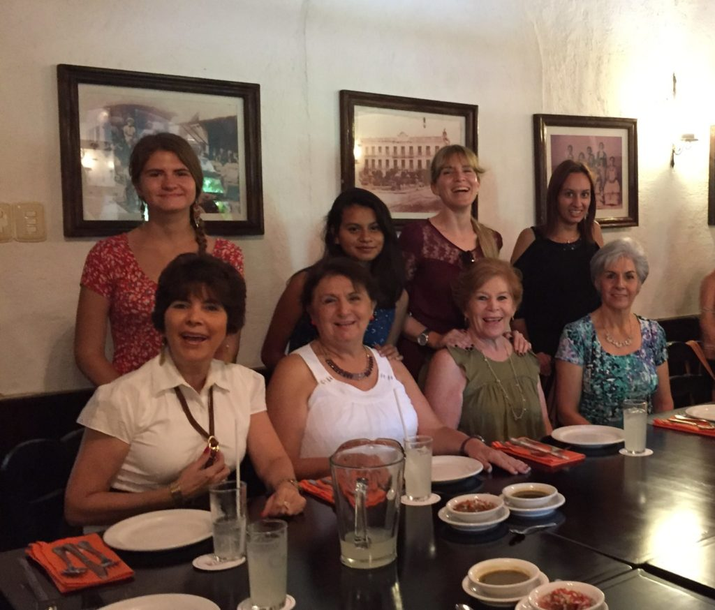 host moms in merida